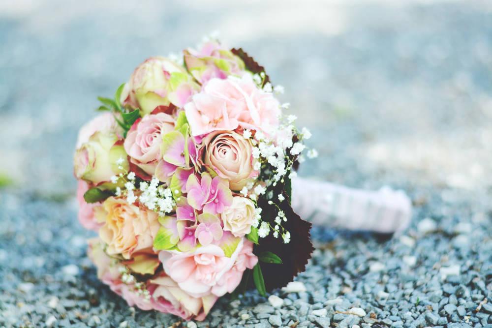 206321103f  A 7 legnépszerűbb esküvői virág: meseszép csokrok készülnek belőlük