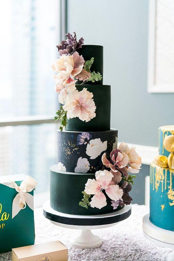Desszert és dekoráció egyben! 6 esküvői tortatrend, ami meghatározza az idei évet