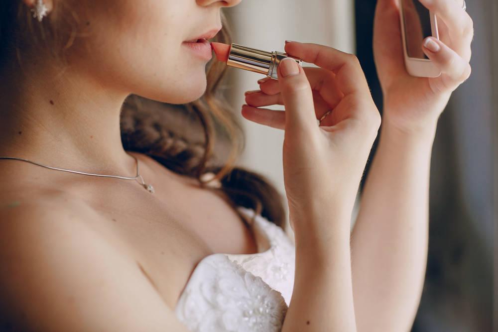 Esküvői túlélőkészlet a nagy napra: ezek legyenek feltétlenül nálad