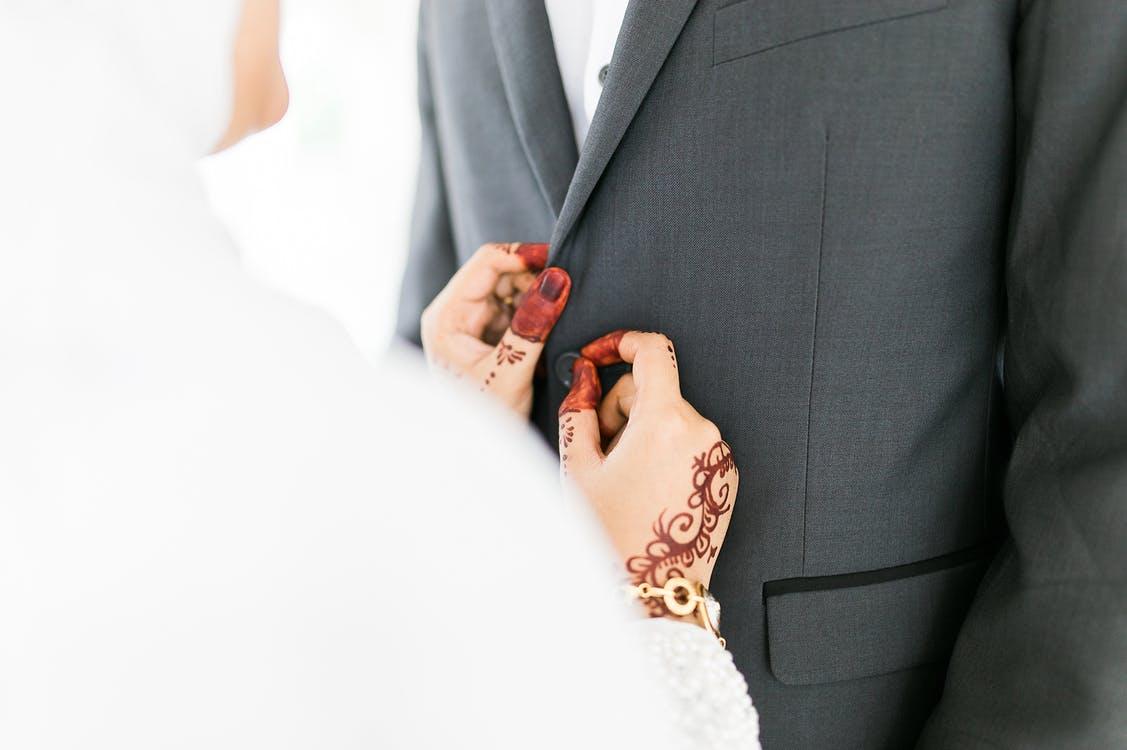 Vegyes szerelem, vegyes esküvő