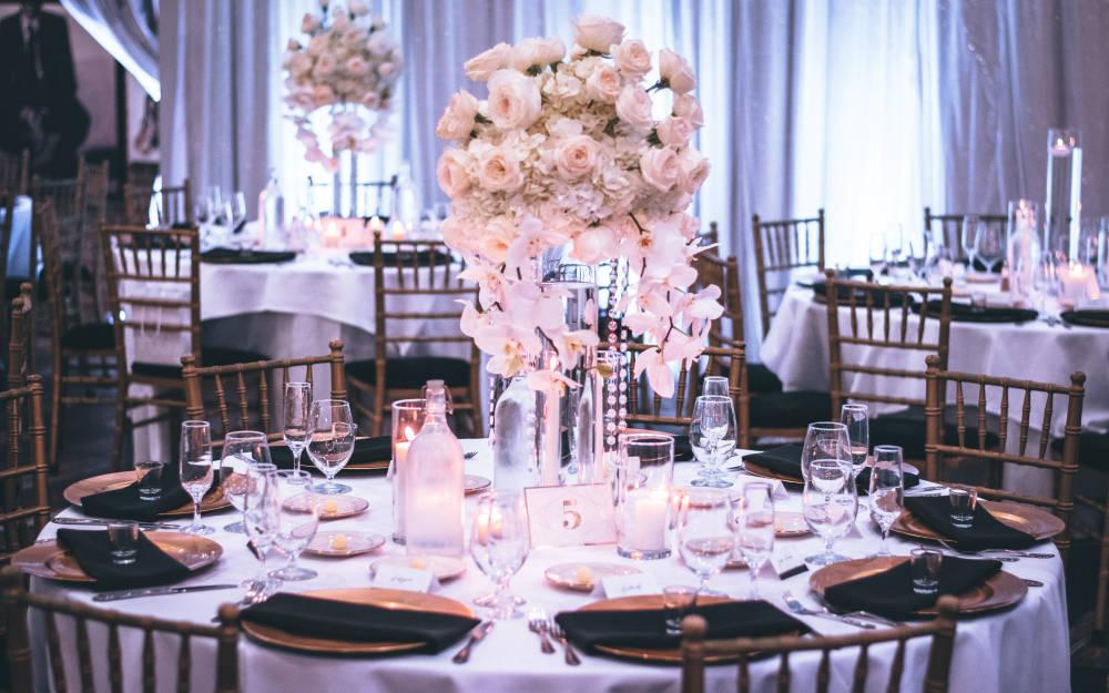 Kit hívj meg az esküvődre? Segítünk eldönteni!